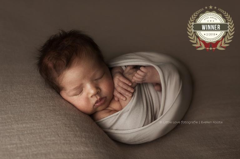 Geboortefotografie en Newborn fotografie - Love & Little geboortefotografie