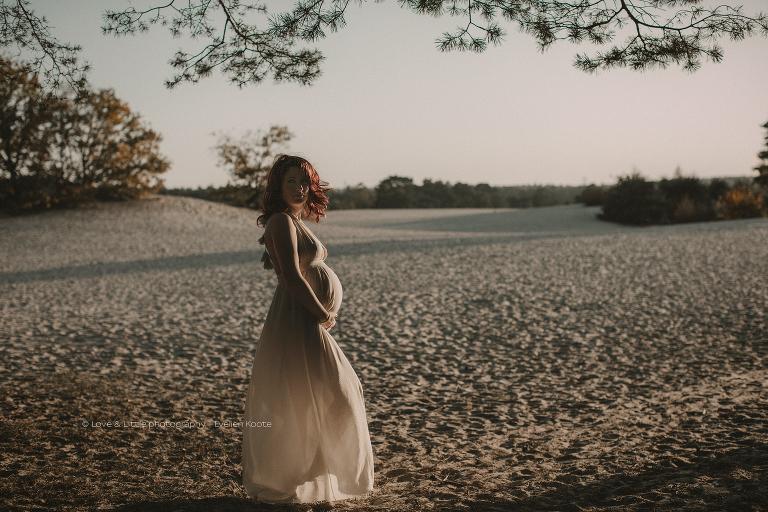 Zwangerschapsfotografie Soesterduinen - Love & Little fotografie - newborn & geboortefotograaf