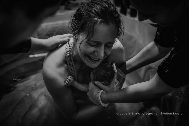 Geboortefotografie - Love & Little geboortefotografie - Evelien Koote - Volendam